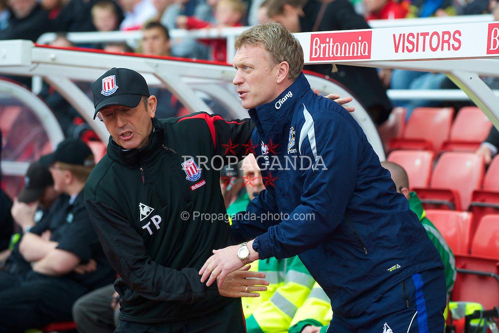 STOKE, ENGLAND - Saturday, May 1, 2010: Everton's manager David Moyes and Stoke City's manager Tony Pulis during the Premiership match at Britannia Stadium. (Photo by David Rawcliffe/Propaganda)