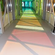 NLD/Utrecht/20180904 - Armin van Buuren opent muziekstudio in het Maxima Medisch Centrum, gekleurde gang Maxima Medisch Centrum
