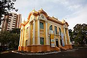 Uberlandia_MG, Brasil...Palacio dos Leos, antiga Camara dos Vereadores, em Uberlandia, Minas Gerais...The Leoes Palace in Uberlandia, Minas Gerais. ..Foto: LEO DRUMOND / NITRO