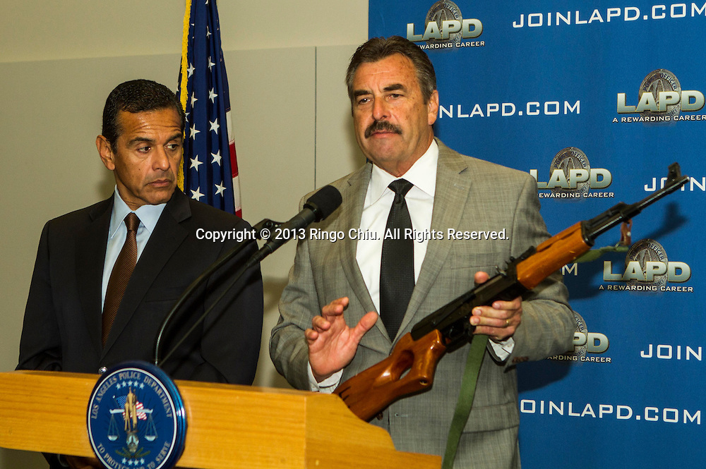 Los Angeles City Mayor Antonio Villaraigosa and Los Angeles Police Chief Charlie Beck  in a press conference on Monday, May 6, 2013, in Los Angeles, to announc that 1,172 firearms were collected during the 2013 Gun Buyback in this weekend, bringing the total number of firearms removed from City streets during the Villaraigosa administration to 11,151. In total, 516 handguns, 381 rifles, 226 shotguns, and 49 assault weapons were collected this weekend from the four Gun Buyback locations citywide. (Photo by Ringo Chiu/PHOTOFORMULA.com).