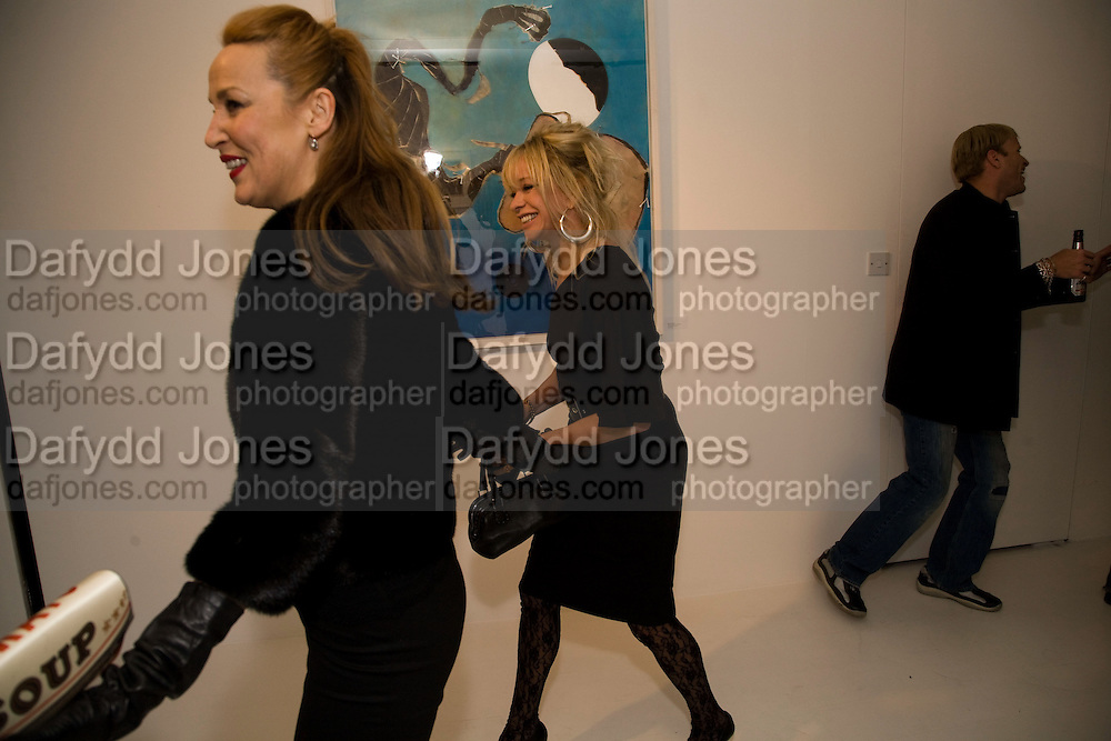JERRY HALL; JO WOOD;, Elaine Ferguson. ' Texas Blues'. Scream Gallery. Bruton St. London. 11 December 2008 *** Local Caption *** -DO NOT ARCHIVE -Copyright Photograph by Dafydd Jones. 248 Clapham Rd. London SW9 0PZ. Tel 0207 820 0771. www.dafjones.com<br /> JERRY HALL; JO WOOD;, Elaine Ferguson. ' Texas Blues'. Scream Gallery. Bruton St. London. 11 December 2008