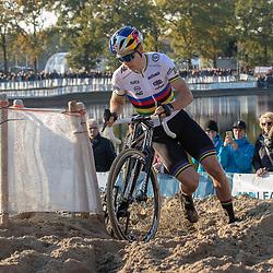 04-11-2018: Wielrennen: EK veldrijden: Rosmalen <br />Wout van Aert