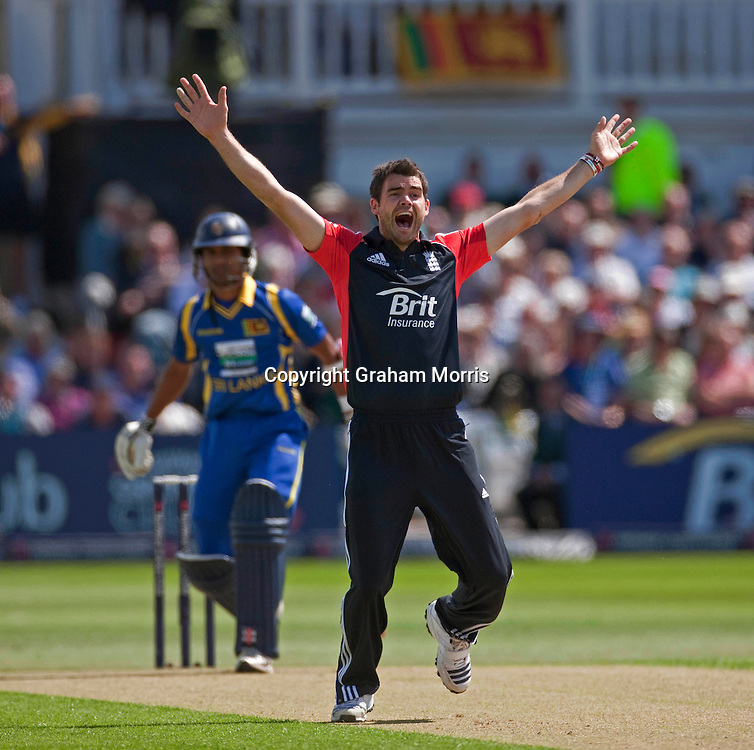 Bowler James Anderson appeals as Dinesh Chandimal is lbw during the fourth one day international between England and Sri Lanka at Trent Bridge, Nottingham. Photo: Graham Morris (Tel: +44(0)20 8969 4192 Email: sales@cricketpix.com) 06/07/11