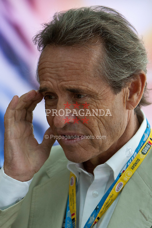 "28.08.2011, Circuit de Spa, Francorchamps, BEL, F1, Grosser Preis von Belgien, Paddock, im Bild Jacques Bernard ,,Jacky"" Ickx ehemaliger Formel 1 Fahrer (BEL)  // at Paddock during race at Formula One Championships 2011 Belgian Grand Prix held at the Circuit de Spa, Francorchamps, Belgium, 28/8/2011, EXPA Pictures © 2011, PhotoCredit: EXPA/ J. Groder"