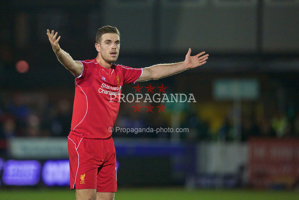 KINGSTON-UPON-THAMES, ENGLAND - Monday, January 5, 2015: Liverpool's Jordan Henderson in action against AFC Wimbledon during the FA Cup 3rd Round match at the Kingsmeadow Stadium. (Pic by David Rawcliffe/Propaganda)