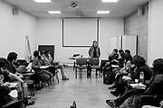 Daniela Catrileo (Santiago de Chile, 1987). Licenciada en educación y profesora de filosofía. Es integrante del Colectivo Mapuche Feminista [Rangiñtulewfü]. Becaria de la Fundación Neruda, ha obtenido la beca de creación Literaria que otorga el Consejo Nacional de la Cultura y las Artes. Es autora de los libros de poesía «Río Herido» (Los libros del perro negro, 2013 y Edicola Ediciones, 2016), «Invertebrada» (Luma Foundation, Zurich 2017) y el libro colectivo «Niñas con palillos» (Balmaceda Arte joven ediciones). Y las plaquettes «Cada Vigilia» (2007) y «El territorio del viaje» (Archipiélago Ediciones, 2017). Actualmente prepara su próximo libro «Guerra Florida» (Del Aire Ediciones). Santiago de Chile. 25-08-2018 (©Alvaro de la Fuente/Dialogo)