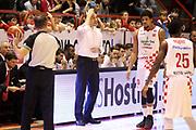 DESCRIZIONE : Campionato 2015/16 Giorgio Tesi Group Pistoia - Umana Reyer Venezia<br /> GIOCATORE : Esposito Vincenzo<br /> CATEGORIA : Allenatore Coach Mani<br /> SQUADRA : Giorgio Tesi Group Pistoia<br /> EVENTO : LegaBasket Serie A Beko 2015/2016<br /> GARA : Giorgio Tesi Group Pistoia - Umana Reyer Venezia<br /> DATA : 23/12/2015<br /> SPORT : Pallacanestro <br /> AUTORE : Agenzia Ciamillo-Castoria/S.D'Errico<br /> Galleria : LegaBasket Serie A Beko 2015/2016<br /> Fotonotizia : Campionato 2015/16 Giorgio Tesi Group Pistoia - Umana Reyer Venezia<br /> Predefinita :