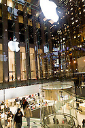 Apple center store on fifth avenue and Central Plaza . crowne building  New York, Manhattan - United states  NYC57014 /// Apple store et crowne building , sur la cinquieme avenue et ce central Plaza  Manhattan, New York - Etats-unis  /// NYC 60APL01
