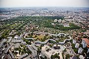 Pantin, département de la Seine-Saint-Denis (93), Les Courtillières, view towards the Eiffel Tower.