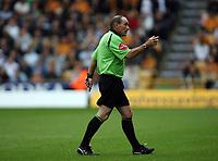 Photo: Rich Eaton.<br /> <br /> Wolverhampton Wanderers v Luton Town. Coca Cola Championship. 26/08/2006. Referee Mr Robinson