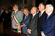 Roma 19 Agosto 2010.Commemorazione di Alcide De Gasperi a 56 anni dalla morte nella basilica di San Lorenzo fuori le mura dove si  trova la tomba dello statista,  nel portico della basilica.Gianni Letta sottosegretario alla presidenza del consiglio  del Governo Berlusconi con il presidente emerito della Repubblica Oscar Luigi Scalfaro, Mauro Cutrufo, vicesindaco di Roma.Commemoration of Alcide De Gasperi 56 years after death.Alcide De Gasperi burial in San Lorenzo Basilica.Gianni Letta, undersecretary of the  government Berlusconi,  President Emeritus of the Republic Oscar Luigi Scalfaro,Mauro Cutrufro Deputy Mayor of Rome.http://en.wikipedia.org/wiki/Alcide_De_Gasperiperi