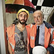"""Nella fotografia: Simone Fugazzotto street artist milanese con Mario Virano CHIOMONTE (TORINO) -10 ottobre 2016 - inaugurazione di """"Tunnel Art Work"""", primo progetto internazionale di arte nella galleria geognostica in cantiere della linea ferroviaria Tav Torino Lione."""
