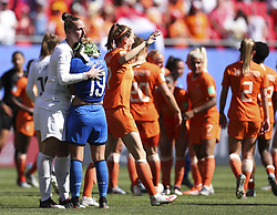2019?6?29?.    ???????????——??????????????.    6?29?????????????????Goalkeeper Sari Van Veenendaal () of the Netherlands?????????????????Valentina Giacinti () of Italy?.    ?????????????2019?????????????????????2?0????????????? .    ?????????..(SP)FRANCE-VALENCIENNES-2019 FIFA WOMEN'S WORLD CUP-QUARTER-FINAL-NETHERLANDS VS ITALY.(190629) -- VALENCIENNES (FRANCE), June 29, 2019  during the quarter-final between the Netherlands and Italy at the 2019 FIFA Women's World Cup in Valenciennes, France, on June 29, 2019. (Credit Image: © Zheng Huansong/Xinhua via ZUMA Wire)