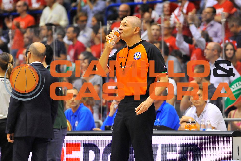 DESCRIZIONE : Campionato 2013/14 Finale GARA 7 Olimpia EA7 Emporio Armani Milano - Montepaschi Mens Sana Siena Scudetto<br /> GIOCATORE : Luigi Lamonica<br /> CATEGORIA : Arbitro Referee<br /> SQUADRA : AIAP<br /> EVENTO : LegaBasket Serie A Beko Playoff 2013/2014<br /> GARA : Olimpia EA7 Emporio Armani Milano - Montepaschi Mens Sana Siena<br /> DATA : 27/06/2014<br /> SPORT : Pallacanestro <br /> AUTORE : Agenzia Ciamillo-Castoria / Luigi Canu<br /> Galleria : LegaBasket Serie A Beko Playoff 2013/2014<br /> Fotonotizia : DESCRIZIONE : Campionato 2013/14 Finale GARA 7 Olimpia EA7 Emporio Armani Milano - Montepaschi Mens Sana Siena<br /> Predefinita :