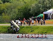 Nottingham, Great Britain, ENGLAND,  Crew remove their boat, before the finish line,  during the morning processional race, at the 2008 National Schools Regatta, Holme Pierrepont,  Saturday,  24/05/2008.  [Mandatory Credit:  Peter Spurrier/Intersport Images]
