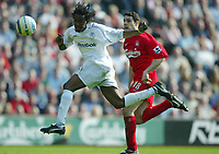 Photo: Chris Brunskill, Digitalsport<br /> Liverpool v Bolton Wanderers . FA Barclays Premiership. 02/04/2005.  Ricardo Gardener of Bolton is put under pressure by Antonio Nunez of Liverpool.