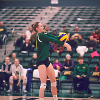 3rd year middle blocker, Brooklyn Reynolds (10) of the Regina Cougars during the Women's Volleyball home game on Sat Jan 19 at Centre for Kinesiology, Health & Sport. Credit: Arthur Ward/Arthur Images