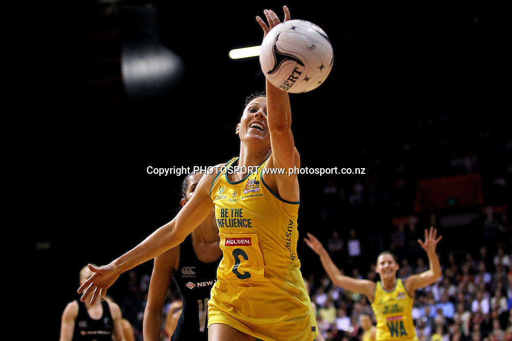 Australia's Natalie von Bertouch loses the ball. New World Quad Series, New Zealand Silver Ferns v Australian Diamonds at Claudelands Arena, Hamilton, New Zealand. Thursday 1st November 2012. Photo: Anthony Au-Yeung / photosport.co.nz