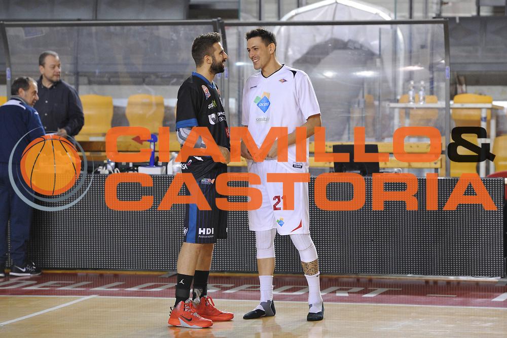 DESCRIZIONE : Roma LNP A2 2015-16 Acea Virtus Roma Benacquista Assicurazioni Latina<br /> GIOCATORE : Riccardo Casagrande<br /> CATEGORIA : pregame fair play<br /> SQUADRA : Acea Virtus Roma<br /> EVENTO : Campionato LNP A2 2015-2016<br /> GARA : Acea Virtus Roma Benacquista Assicurazioni Latina<br /> DATA : 20/12/2015<br /> SPORT : Pallacanestro <br /> AUTORE : Agenzia Ciamillo-Castoria/G.Masi<br /> Galleria : LNP A2 2015-2016<br /> Fotonotizia : Roma LNP A2 2015-16 Acea Virtus Roma Benacquista Assicurazioni Latina