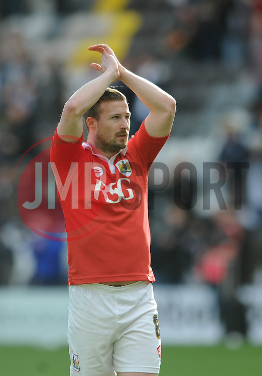 Bristol City's Wade Elliott appluads the away fans after the game - Photo mandatory by-line: Dougie Allward/JMP - Mobile: 07966 386802 - 11/04/2015 - SPORT - Football - Preston - Deepdale - Preston North End v Bristol City - Sky Bet League One
