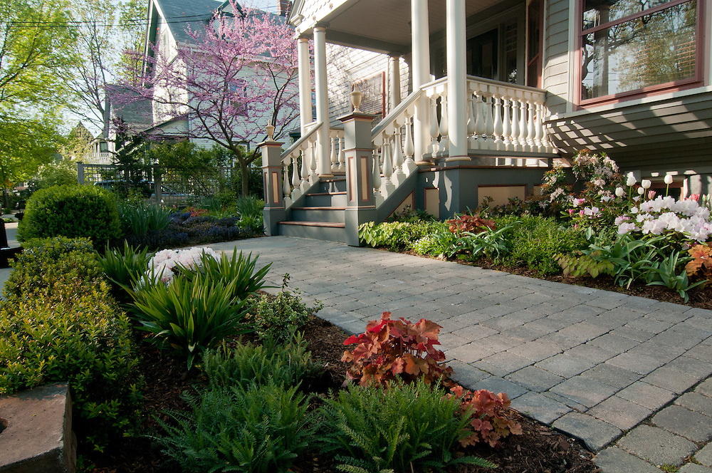 Private residence landscaping photographed for Christie Dustman & Co.