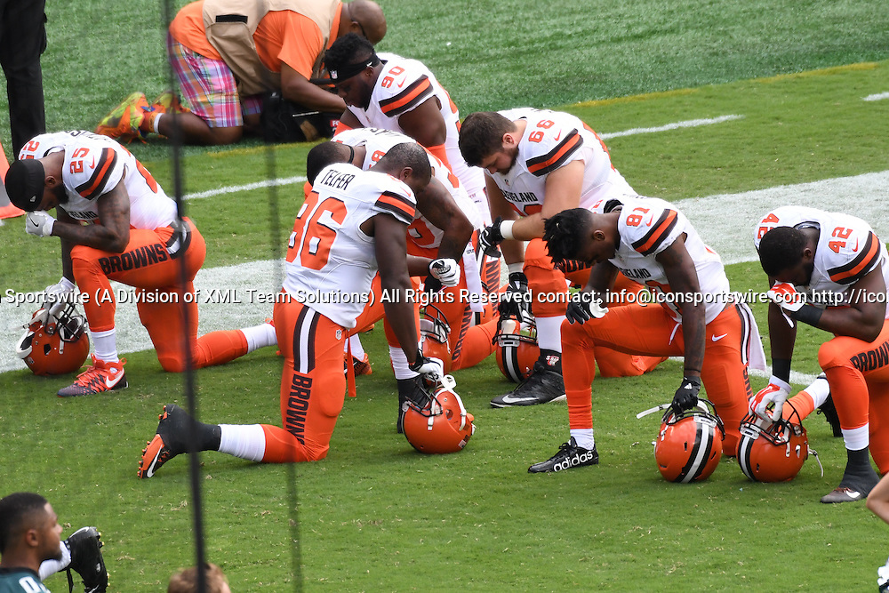 September 11, 2016: Cleveland Browns players take a knee during a National  Football League game between the Cleveland Browns and the Philadelphia Eagles at Lincoln Financial Field in Philadelphia, PA. (Photo by Andy Lewis/Icon Sportswire)