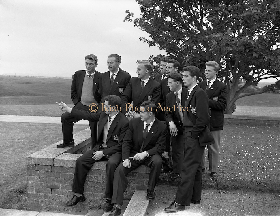 17/05/1957<br /> 05/17/1957<br /> 17 May 1957<br /> The English soccer team to play Ireland in the World Cup Qualifier (19/05/1957) arrive in Ireland.