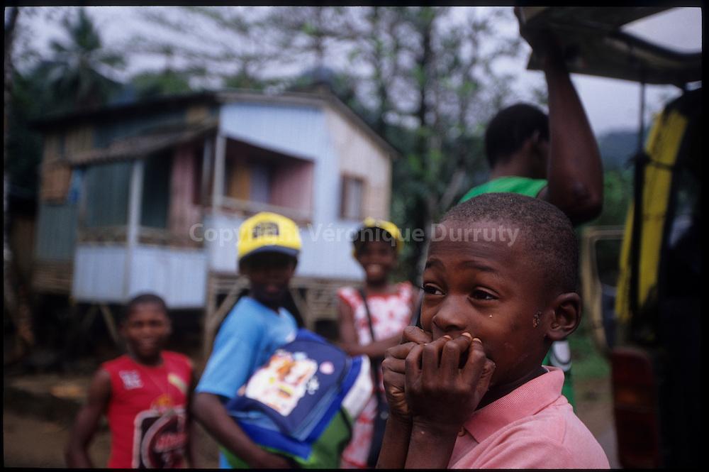 Back From school, Porto Alegre, Sao Tome & Principe // le retour de l'école, Porto Alegre, Sao Tome & Principe