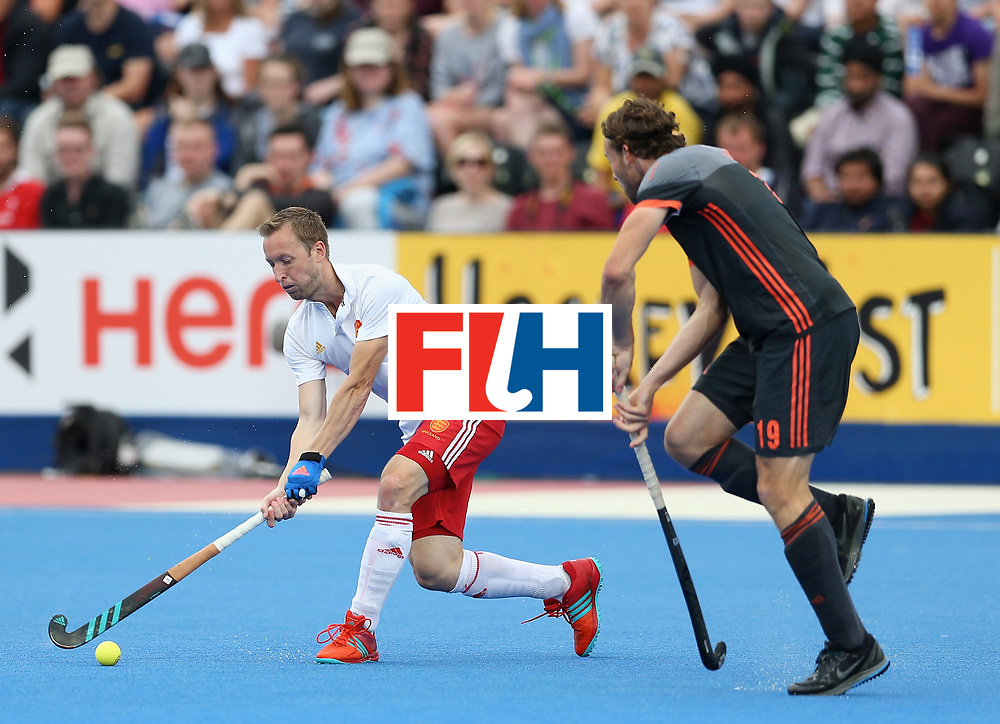 LONDON, ENGLAND - JUNE 24: Barry Middleton of England attempts a shot at goal during the semi-final match between England and the Netherlands on day eight of the Hero Hockey World League Semi-Final at Lee Valley Hockey and Tennis Centre on June 24, 2017 in London, England. (Photo by Steve Bardens/Getty Images)