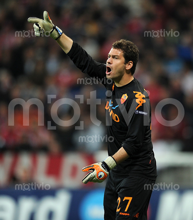 FUSSBALL   CHAMPIONS LEAGUE   SAISON 2010/2011   GRUPPE  E 15.09.2010 FC Bayern  Muenchen  - AS Rom  Julio Sergio  (AS Rom)