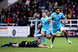 Michael Fatialofa of Worcester Warriors goes past Callum Chick of Newcastle Falcons - Mandatory by-line: Robbie Stephenson/JMP - 03/03/2019 - RUGBY - Kingston Park - Newcastle upon Tyne, England - Newcastle Falcons v Worcester Warriors - Gallagher Premiership Rugby