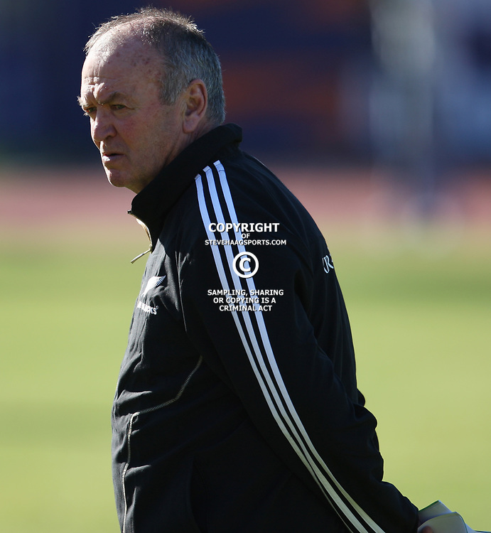 PORT ELIZABETH, SOUTH AFRICA - AUGUST 16, Graham Henry Head Coach during the New Zealand All Blacks training session at Xerox Arena on August 16, 2011 in Port Elizabeth, South Africa<br /> Photo by Steve Haag / Gallo Images