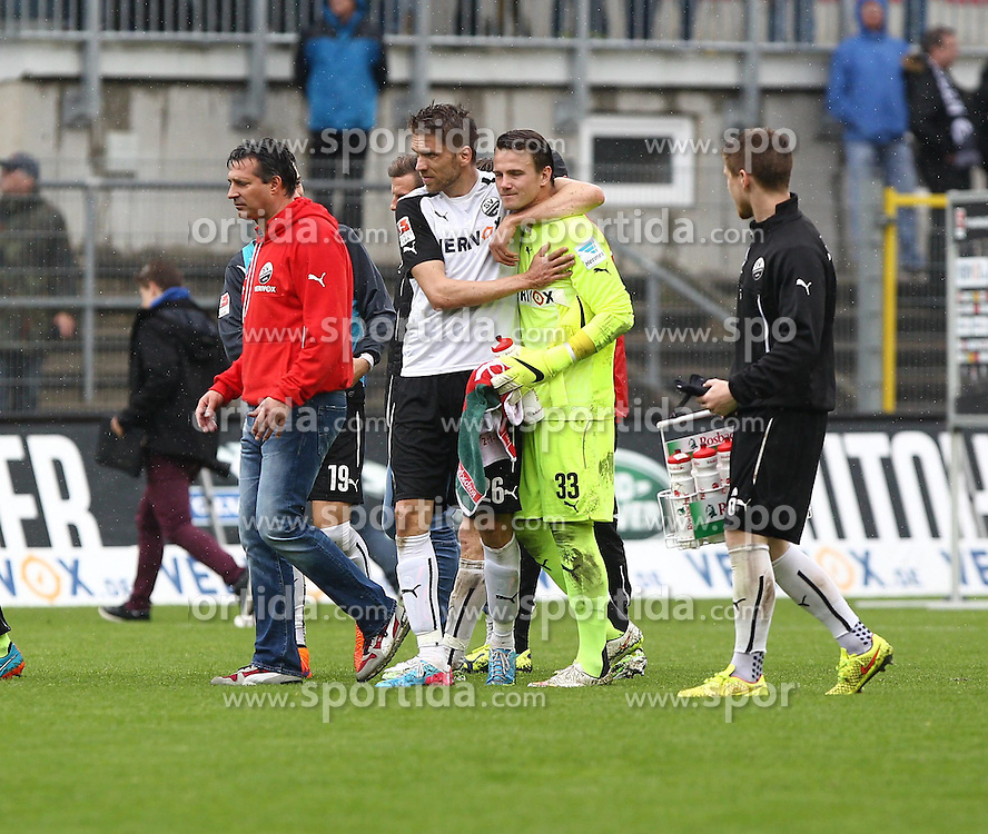 03.05.2015, Hardtwald, Sandhausen, GER, 2. FBL, SV Sandhausen vs 1. FC Heidenheim, 31. Runde, im Bild Sandhausen Spieler nach dem Spiel<br /> Manuel Riemann (Torwart/SV Sandhausen) und Ranisav Jovanovic (SV Sandhausen) arm in arm // during the 2nd German Bundesliga 31th round match between SV Sandhausen and 1. FC Heidenheim at the Hardtwald in Sandhausen, Germany on 2015/05/03. EXPA Pictures &copy; 2015, PhotoCredit: EXPA/ Eibner-Pressefoto/ Bermel<br /> <br /> *****ATTENTION - OUT of GER*****