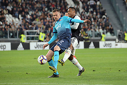 May 19, 2019 - Turin, Turin, Italy - Josip Ilicic #72 of Atalanta BC competes for the ball with Alex Sandro #12 of Juventus FC during the serie A match between Juventus FC and Atalanta BC at Allianz Stadium on May 19, 2019 in Turin, Italy. (Credit Image: © Giuseppe Cottini/NurPhoto via ZUMA Press)
