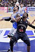 DESCRIZIONE : Beko Legabasket Serie A 2015- 2016 Dinamo Banco di Sardegna Sassari - Pasta Reggia Juve Caserta<br /> GIOCATORE : Bobby Jones Brian Sacchetti<br /> CATEGORIA : Rimbalzo Tagliafuori<br /> SQUADRA : Pasta Reggia Juve Caserta<br /> EVENTO : Beko Legabasket Serie A 2015-2016<br /> GARA : Dinamo Banco di Sardegna Sassari - Pasta Reggia Juve Caserta<br /> DATA : 03/04/2016<br /> SPORT : Pallacanestro <br /> AUTORE : Agenzia Ciamillo-Castoria/L.Canu