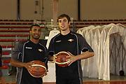 DESCRIZIONE : Roma Lega Basket A 2012-13  Raduno Virtus Roma<br /> GIOCATORE : Jordan Taylor Olek Czyz<br /> CATEGORIA : curiosita ritratto<br /> SQUADRA : Virtus Roma <br /> EVENTO : Campionato Lega A 2012-2013 <br /> GARA :  Raduno Virtus Roma<br /> DATA : 23/08/2012<br /> SPORT : Pallacanestro  <br /> AUTORE : Agenzia Ciamillo-Castoria/M.Simoni<br /> Galleria : Lega Basket A 2012-2013  <br /> Fotonotizia : Roma Lega Basket A 2012-13  Raduno Virtus Roma<br /> Predefinita :