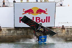 September 3, 2017 - Asturias, Spain - more crazy takeoff of the year with Red Bull day the wings flying artifacts. (Credit Image: © Mercedes Menendez/Pacific Press via ZUMA Wire)