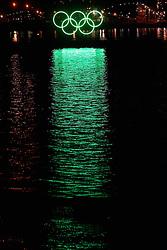 Olympic Winter Games Vancouver 2010 - Olympische Winter Spiele Vancouver 2010, Vancouver, City, Stadt, Reise, Reisen, bei Nacht, at night, nachts, Nachtaufnahme, Logo, Olympische Ringe, olympic rings, water, Wasser, Reflektion, spiegelt, spiegeln, reflektiert,  Photo by Malte Christians / HOCH ZWEI / SPORTIDA.com.