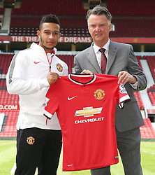 Memphis Depay & Louis van Gaal - Photo mandatory by-line: Matt McNulty/JMP - Mobile: 07966 386802 - 10/07/2015 - SPORT - Football - Manchester - Old Trafford - Memphis Depay unveiled as Manchester United player
