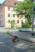 Mannheim. 14.07.17 | Spinelli<br /> Feudenheim. Spinelli. Ehemaliges US Areal wird derzeit als Fl&uuml;chtingsunterkunft verwendet. <br /> 2023 soll hier die Bundesgartenschau BUGA stattfinden.<br /> - Tag der offenen T&uuml;r.<br /> <br /> <br /> BILD- ID 0409 |<br /> Bild: Markus Prosswitz 14JUL17 / masterpress (Bild ist honorarpflichtig - No Model Release!)