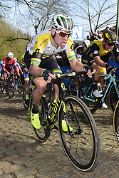 March 25, 2018 - Wevelgem, BELGIQUE - WEVELGEM, BELGIUM - MARCH 25 : EDMONDSON Alexander  (AUS)  of Mitchelton - Scott on the Kemmelberg climb during the Flanders Classics 80th Gent - Wevelgem - In Flanders Fields cycling race with start in Deinze and finish in Wevelgem on March 25, 2018 in Wevelgem, Belgium, 25/03/2018 (Credit Image: © Panoramic via ZUMA Press)