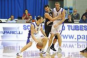 DESCRIZIONE : Desio Eurolega 2011-12 EA7 Bennet Cantu Bizkaia Bilbao Basket<br /> GIOCATORE : Nicolas Mazzarino<br /> CATEGORIA : palleggio blocco tecnica<br /> SQUADRA : Bennet Cantu<br /> EVENTO : Eurolega 2011-2012<br /> GARA : Bennet Cantu Bizkaia Bilbao Basket<br /> DATA : 03/11/2011<br /> SPORT : Pallacanestro <br /> AUTORE : Agenzia Ciamillo-Castoria/GiulioCiamillo<br /> Galleria : Eurolega 2011-2012<br /> Fotonotizia : Desio Eurolega 2011-12 Bennet Cantu Bizkaia Bilbao Basket<br /> Predefinita :