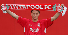 060105 Liverpool sign Jan Kromkamp