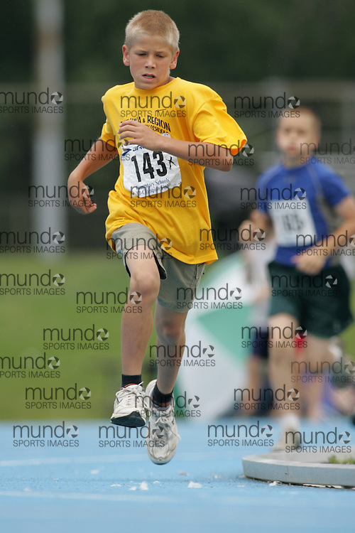 "Ottawa, Ontario ---14/06/08--- ""Baumgart, Aleks"" competes in the 400m at  the 2008 All Schools Elementary Meet of Champions in Ottawa, Ontario..Copyright Sean W. Burges, 2008. .This photograph is licensed for personal use  only."