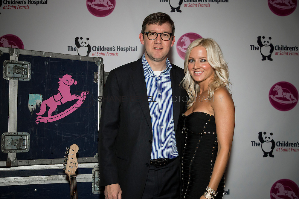 11/1/13 6:59:59 PM --- 2013 Painted Pony Ball for The Children's Hospital at Saint Francis with Chris Young and Dwight Yoakam. <br /> <br /> Photo by Shane Bevel