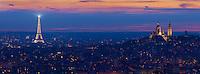 France, Paris (75), la basilique du Sacré Coeur, la butte Montmartre et la Tour Eiffel illuminée (© SETE-illuminations Pierre Bideau) de nuit // France, Paris, Montmartre, Sacre Coeur Basilique and Eiffel Tower