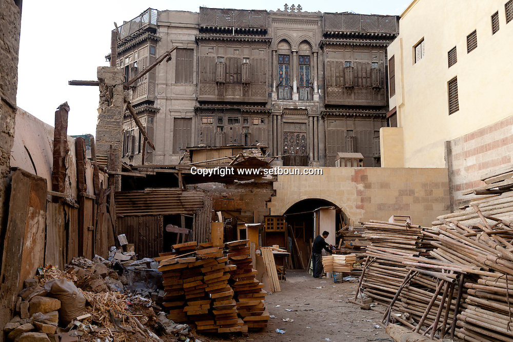 Egypt. Cairo -the palace - MAQAD -of RIDWAN BAY  .  In Shar al Kyamiyah. or tent makers bazar; islamic Cairo   NM208 +