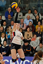 20180110 NED: CEV CUP Sliedrecht Sport - Beziers Angels VB: Sliedrecht<br />Christie Wolt (1) of Sliedrecht Sport <br />&copy;2018-FotoHoogendoorn.nl / Pim Waslander