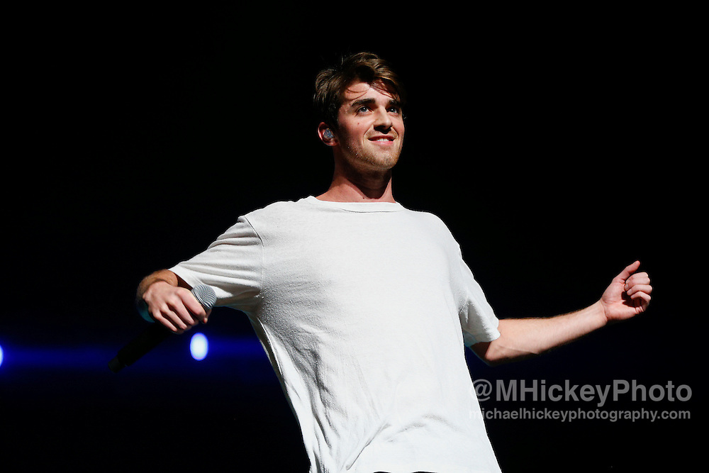 INDIANAPOLIS, IN - DECEMBER 04: Andrew Taggart of the Chainsmokers performs during 2016 Santa Slam Concert at Indiana Farmers Coliseum on December 4, 2016 in Indianapolis, Indiana. (Photo by Michael Hickey/Getty Images) *** Local Caption *** Andrew Taggart