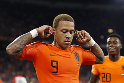 (L-R) Memphis Depay of Holland, Quincy Promes of Holland, during the International friendly match match between The Netherlands and Peru at the Johan Cruijff Arena on September 06, 2018 in Amsterdam, The Netherlands